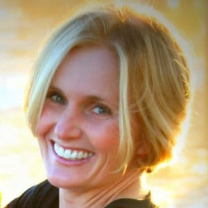Guest 002 – How To Double Your Profits and Cut Your Stress In Half with Intuitive Leadership with Carrie Roldan