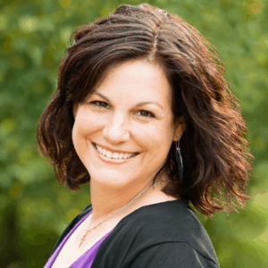 082 Bold Business Beliefs (Vital to Easy Success) with Holly Worton